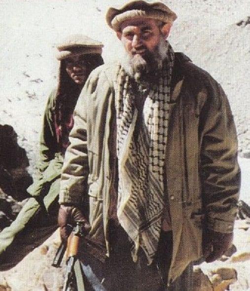 ماذا تعرف عن شيخ المجاهدين عبد الله عزام؟