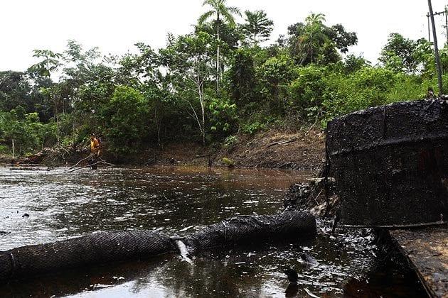 ما فعله تسريب البترول بالغابات المطيرة بالإكوادور