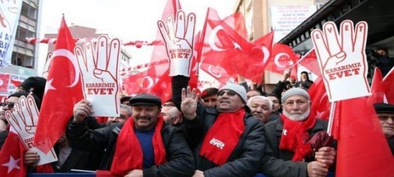 الاستفتاء على التعديلات الدستورية في تركيا