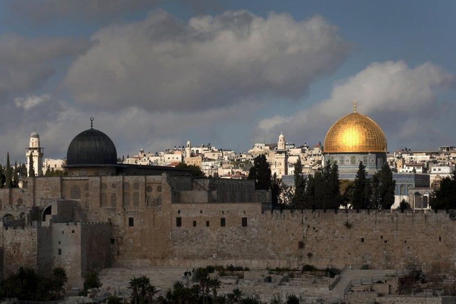 سورةٌ تقلب «المائدة» على رؤوس اليهود 5