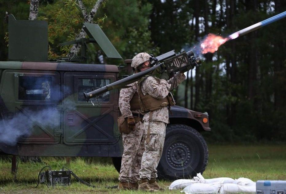 استراتيجية مواجهة التفوق الجوي – الاستراتيجية العسكرية Anti-aircraft-missiles-on-the-shoulder-e1522680545314