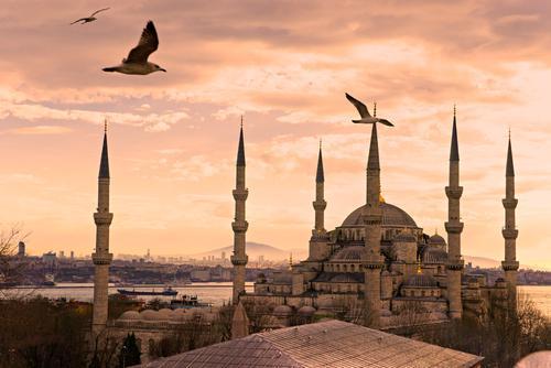 في ذكرى الحملة الصليبية الرابعة ضد بيزنطة: القسطنطينية بعد الفتح الإسلامي 5