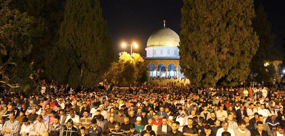 رمضان علمنة رمضان: كيف ينتهك الإعلام العربي قدسية الشهر الكريم 3