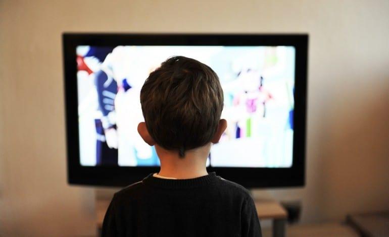 أفلام الكرتون أفلام الكرتون: خطر محدق وآباء غافلون 1