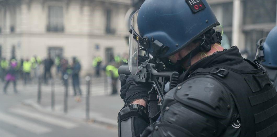 حركة السترات الصفراء... عندما ظهرت الحرية الفرنسية على حقيقتها! 3