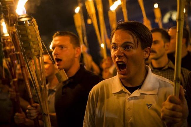 فورين بوليسي: كيف أصبح تطرف القوميين البيض عابرا للحدود ومعاديا للمسلمين 3