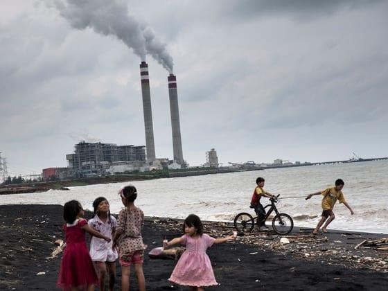 «نيويورك تايمز»: توقفوا عن الاستثمار في الوحشية الصينية.. هكذا تدعم الصناديق الأمريكية قمع مسلمي الإيجور 1