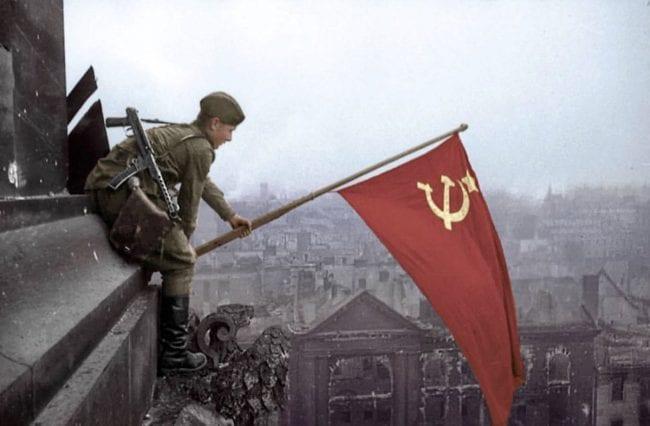 الحرب الباردة: مختصر القصة 3
