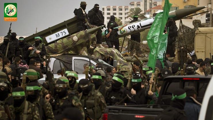 صفقة القرن.. لماذا يستأسد ترمب على الفلسطينيين ويركع أمام الأفغان؟! 3