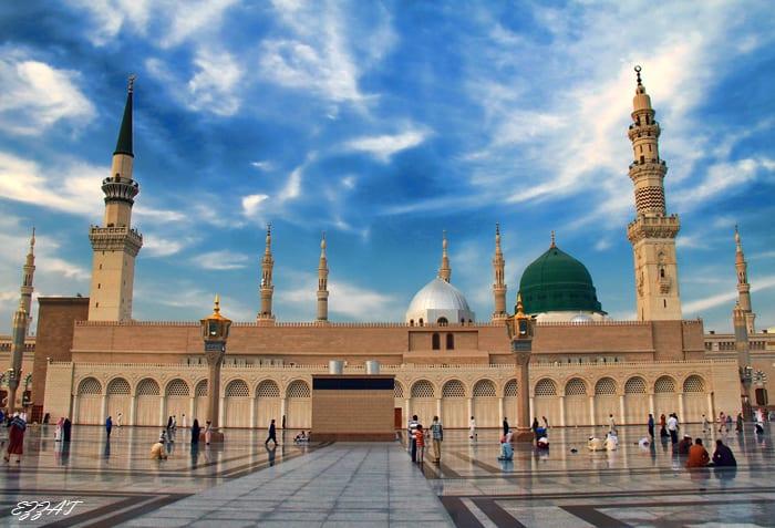 قبر محمد رسول الله صلى الله عليه وسلم.